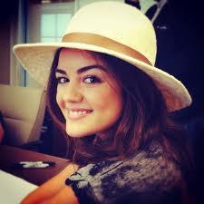 Lucy Hale Looks 7